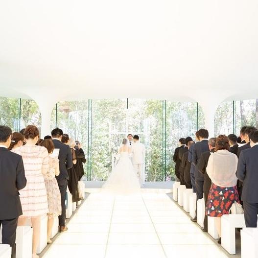 結婚式で綺麗に魅せる。