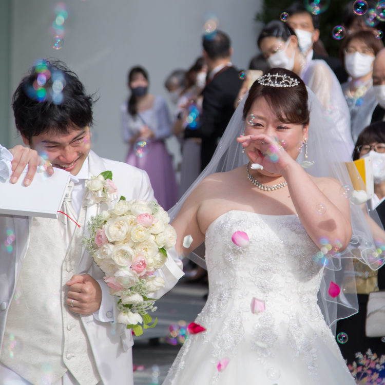 涙あり笑いありの結婚式